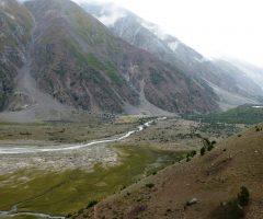 A beautiful view towards Shaigir Peak