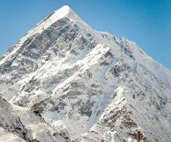 Shaigiri Peak 5688m (2)