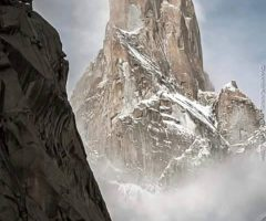 amazing-trango-tower-on-the-way-to-gasherbrum-i