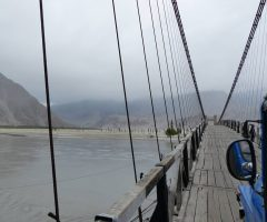 jeep-crossing-bridge-over-indus-river