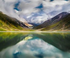 3-beautiful-view-of-lake-saiful-maluk-in-naran