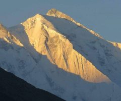 30-sunshine-on-the-top-of-rakaposhi-peak